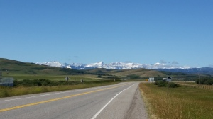 Stopping in Longview and the view towards Kananaskis Country